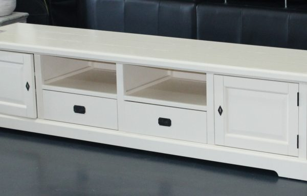 Chantilly large tv unit